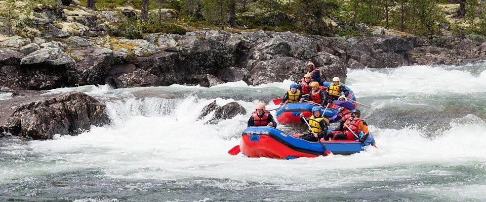 10 locais mais incríveis para praticar Rafting no mundo