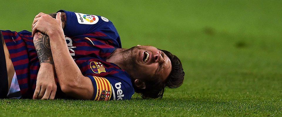 Messi fratura o braço e está fora do clássico contra o Real Madrid