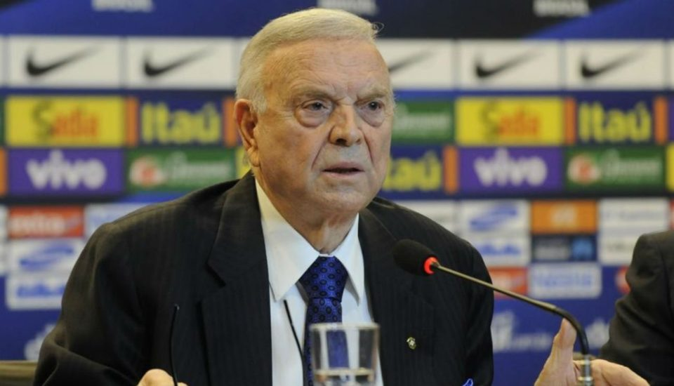 José Maria Marin é banido e multado pela Fifa