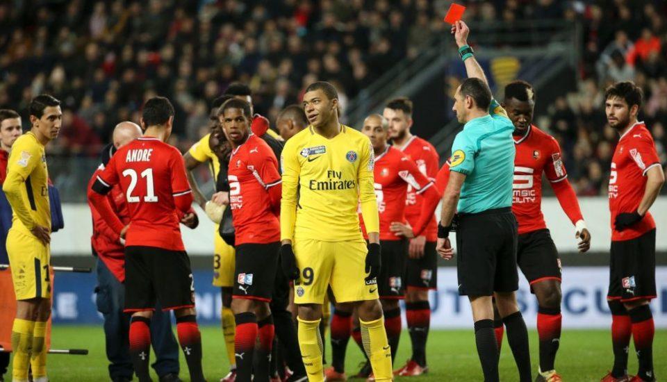 Federação Francesa suspende Mbappé por expulsão